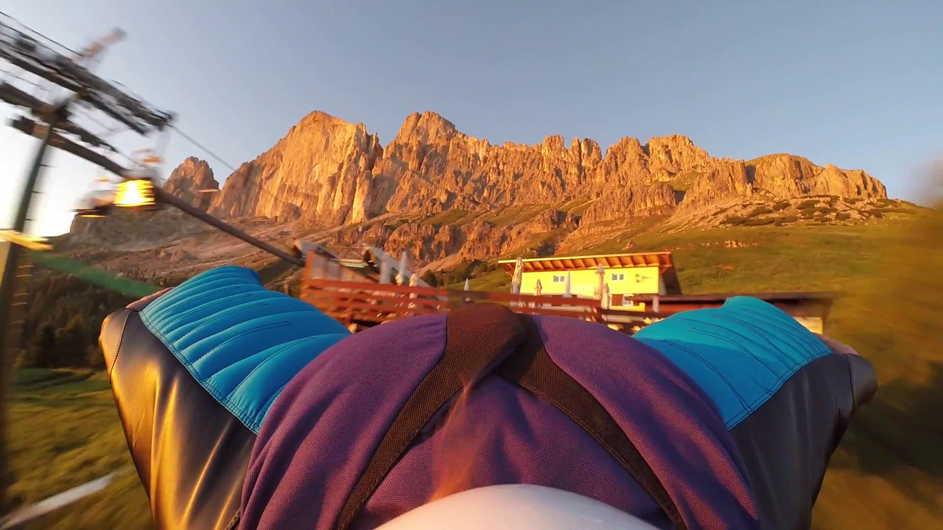 Wingsuiten in den Dolomiten